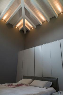 Quad 2.0, 3000K, 6W, 12°, white. Private residence, Iseo, Brescia, Italy. Interior design by Cristian Turra