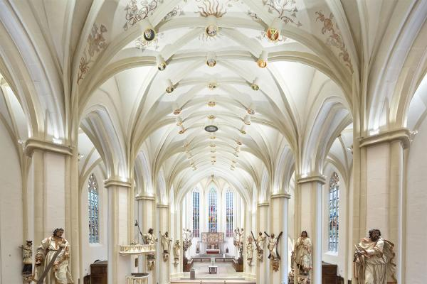 Templa 1.0 / Templa 1.1, 3000K, 14W - 28W, 30° - 40°, white. Basilika St. Cyriakus, Duderstadt, Germany. Light planning by Die Lichtberater Michael Feller, Photo by ©Manfred Zimmermann