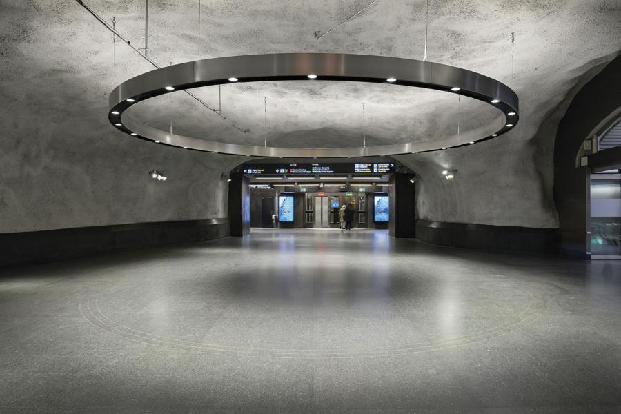 Central Metro Station 02